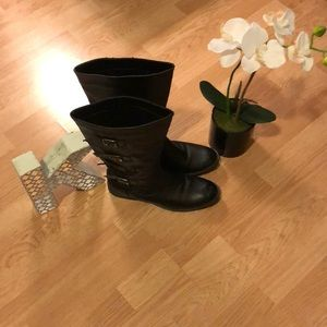 Shoes - 3 for $20 Black Boots 👢